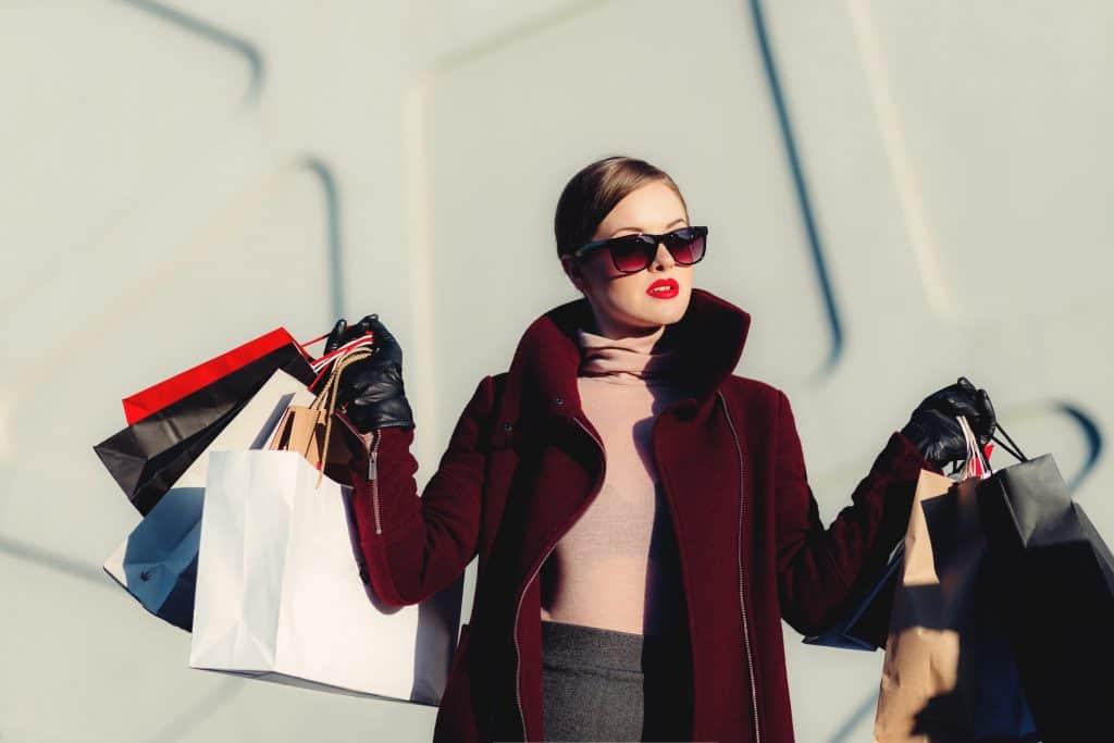 亞馬遜開店營運技巧新手十大經典錯誤(九)如果你選擇時尚類 或易碎商品作為新手起步的選品範圍,所遇到的問題會比較複雜